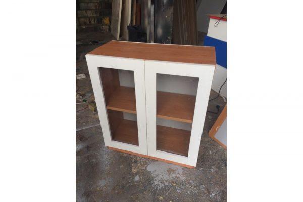 Tủ gỗ treo tường 2 cánh mặt kính mới 90%