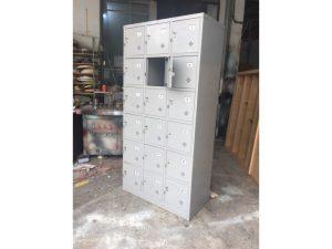Thanh lý Tủ locker sắt 18 ngăn 3 khoang cũ giá rẻ
