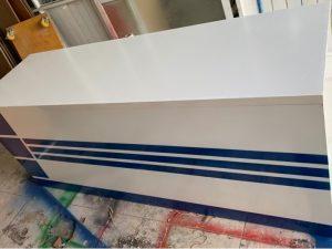 Thanh lý quầy lễ tân 2m màu trắng xanh mới 100%