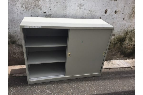 Thanh lý tủ hồ sơ sắt cửa lùa M04