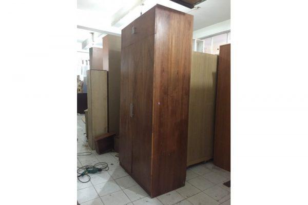 Thanh lý tủ áo cũ 2 cánh gỗ xoan đào