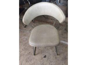 Thanh lý ghế chân inox cũ màu trắng