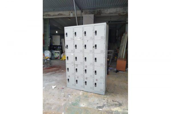 Thanh lý tủ locker 20 ngăn L02