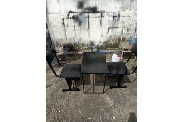 Thanh lý bộ bàn ghế cafe cũ màu đen giá rẻ