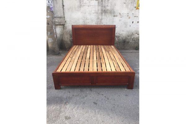 Thanh lý giường cũ 1m4 gỗ xoan đào