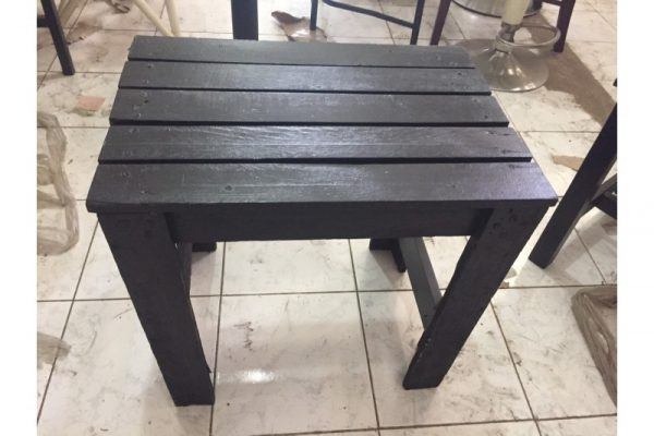 Thanh lý bàn cafe cũ màu đen giá rẻ
