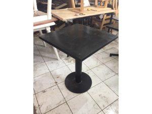 Thanh lý bàn cafe mặt gỗ chân sắt