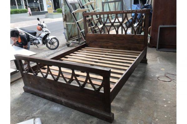 Thanh lý giường gỗ xuất khẩu 1m6