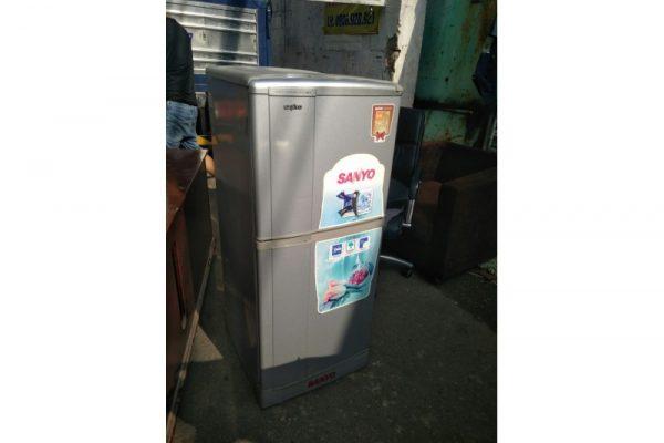 Thanh lý tủ lạnh sanyo 120L cũ giá rẻ