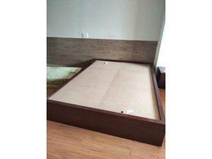 Thanh lý giường 1m4 x 2m cũ màu nâu giá rẻ