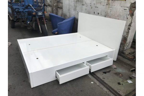 Thanh lý giường 1m6 cũ 4 hộc màu trắng