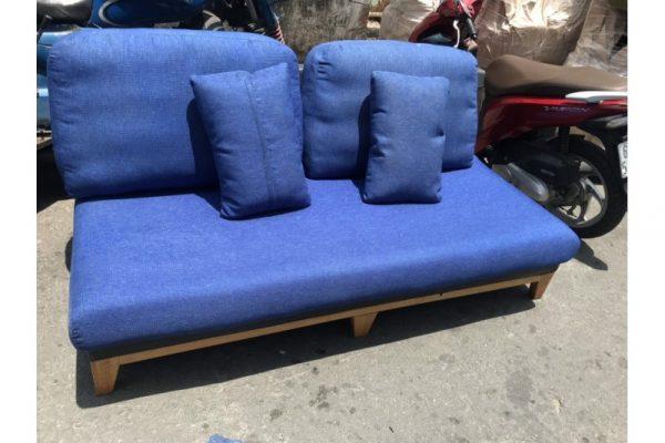 Thanh lý băng ghế sofa cũ màu xanh dương 1m6